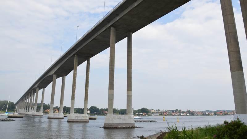 I perioden 9. august til 29. oktober bliver passagen over Svendborgsundbroen igen begrænses af et større vedligeholdelsesprojekt. Foto: Camilla Bønløkke