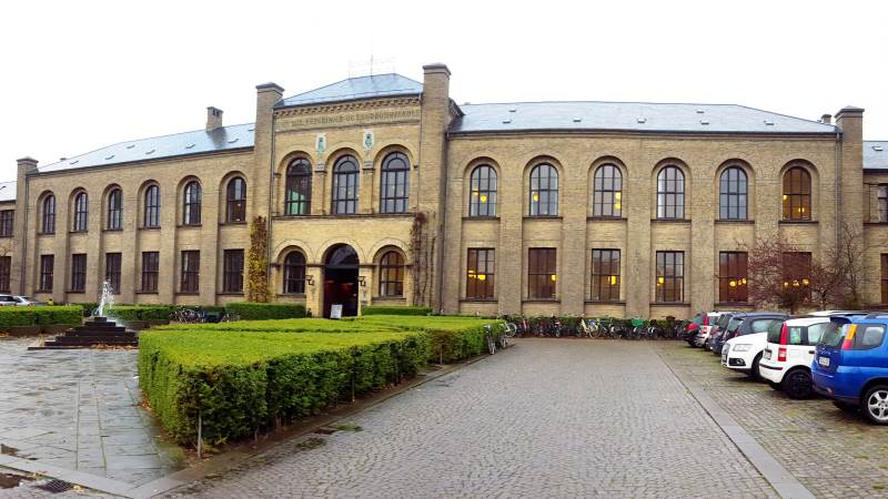 Antallet af optagne på naturresourcer på Science på Københavns Universitet er faldet i år. Uddannelsen kan bruges til at videreuddanne sig til agronom.