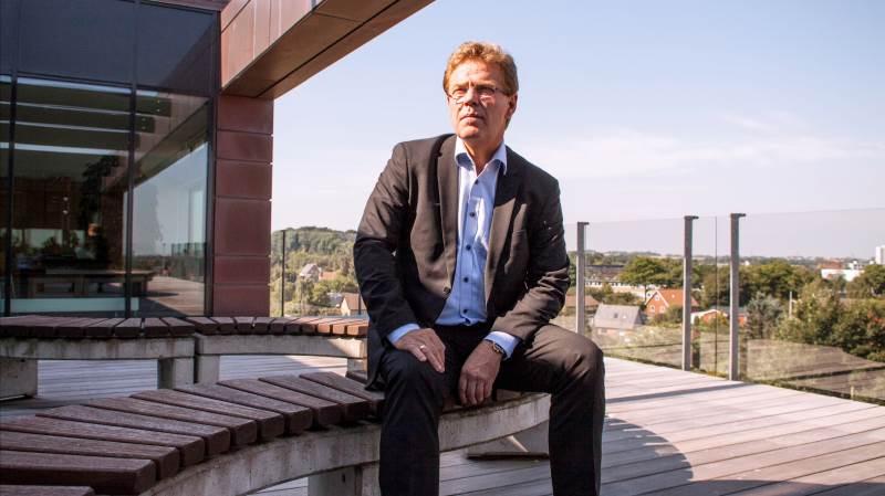 Vores stærke position i detailsektoren og fokus på innovation har sammen med virksomhedens og andelshavernes robusthed sikret et solidt resultat i første halvår 2021 og gode afkast til vores ejere gennem en forbedret aconto-mælkepris, siger administrerende direktør i Arla Foods Peder Tuborgh. Foto: Flemming Erhard
