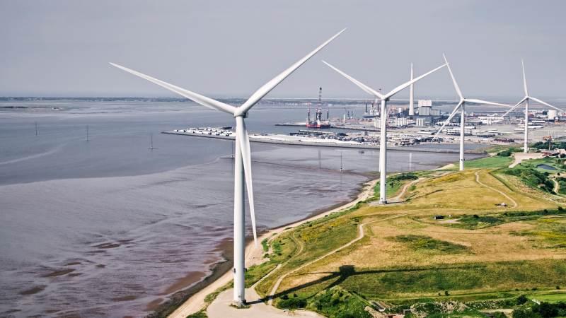 H2 Energy Europe har hovedkvarter i Schweiz og er en erfaren aktør på Power-to-X-fronten, da virksomheden allerede producerer grøn brint i Schweiz. Esbjerg kan nu blive et globalt udstillingsvindue for virksomheden for, hvordan store mængder grøn vindstrøm kan omdannes til brændsler til tung transport, energilagring og endda fødevarer.